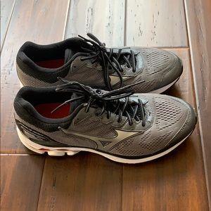Mizuno Wave Runner 21 Men's Running Shoes